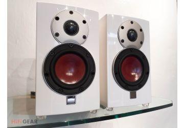 DALI Menuet Bookshelf Loudspeakers