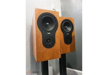 Rega RX ONE Bookshelf Loudspeakers - Ex Display
