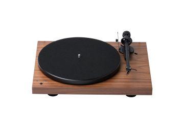 Project Debut RecordMaster - Walnut