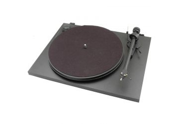 Project Essential 2 Turntable Black