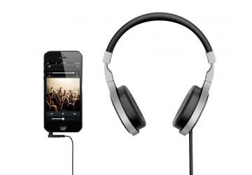 KEF M500 Headphones with iPhone