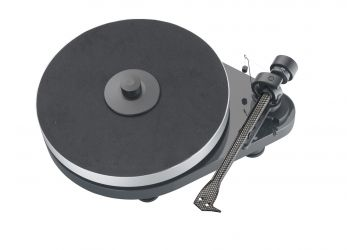 Project RPM 5 Carbon Turntable
