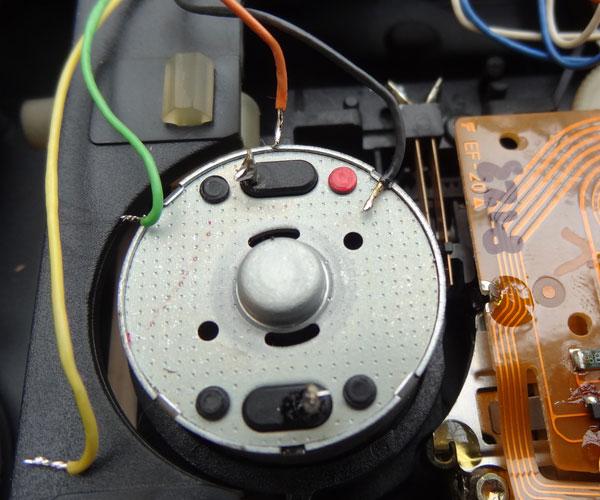 CD63 spindle motor and CD prsent sensor wires desoldered
